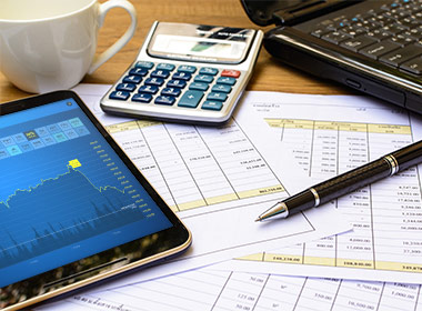 accounting-and-auditing-feature